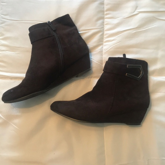 9feffe7cacea Impo Shoes - Brown booties with a small wedge